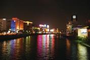 中洲のネオン風景