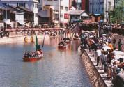 博多川・船乗り込み
